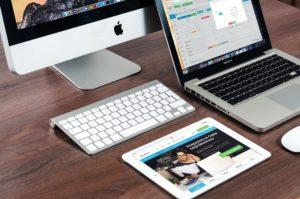 【転職】WEB面接対策は「カンペ」が基本!簡単なやり方解説!