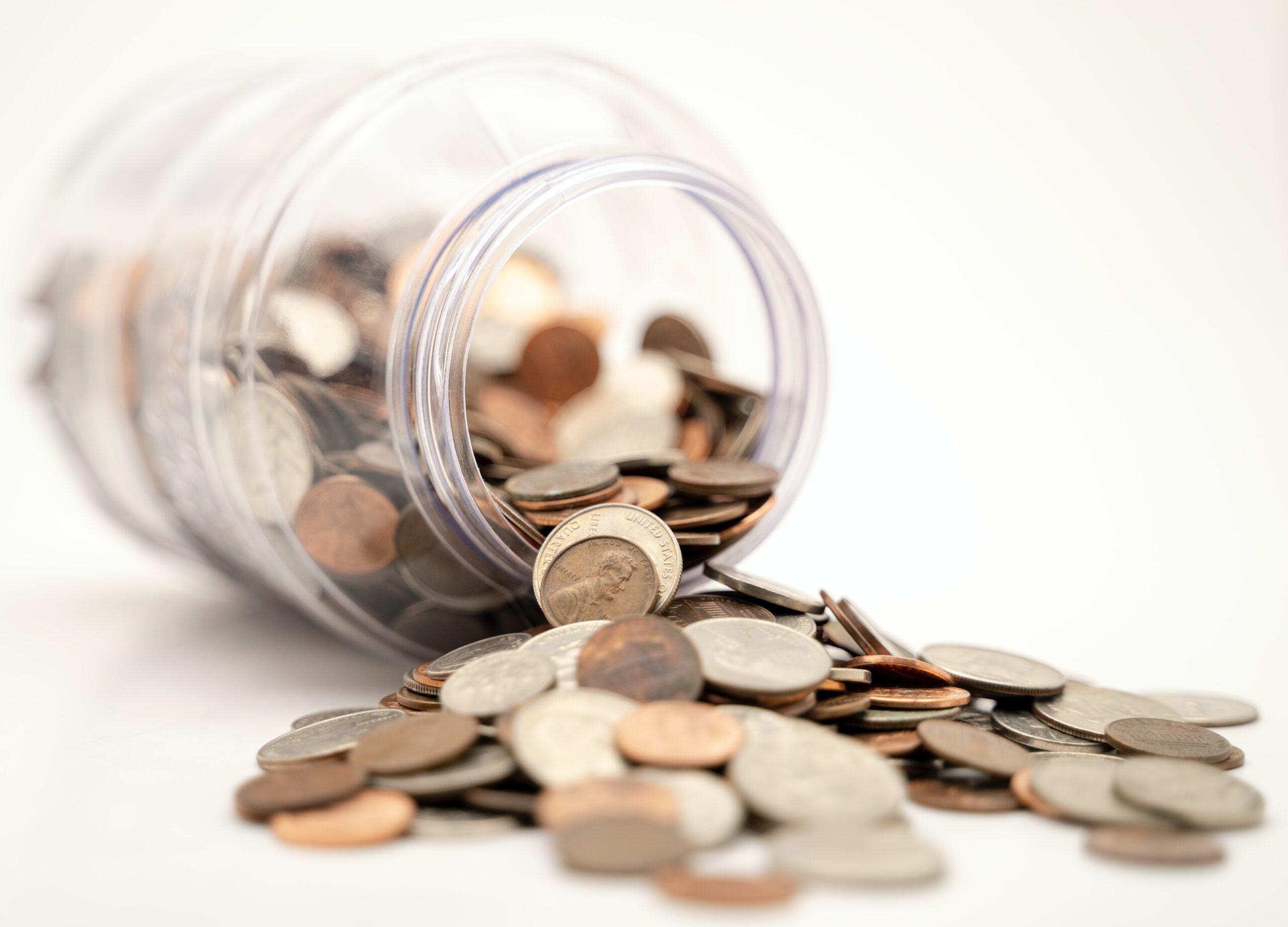 転職すると年収が下がることで貯金も減少