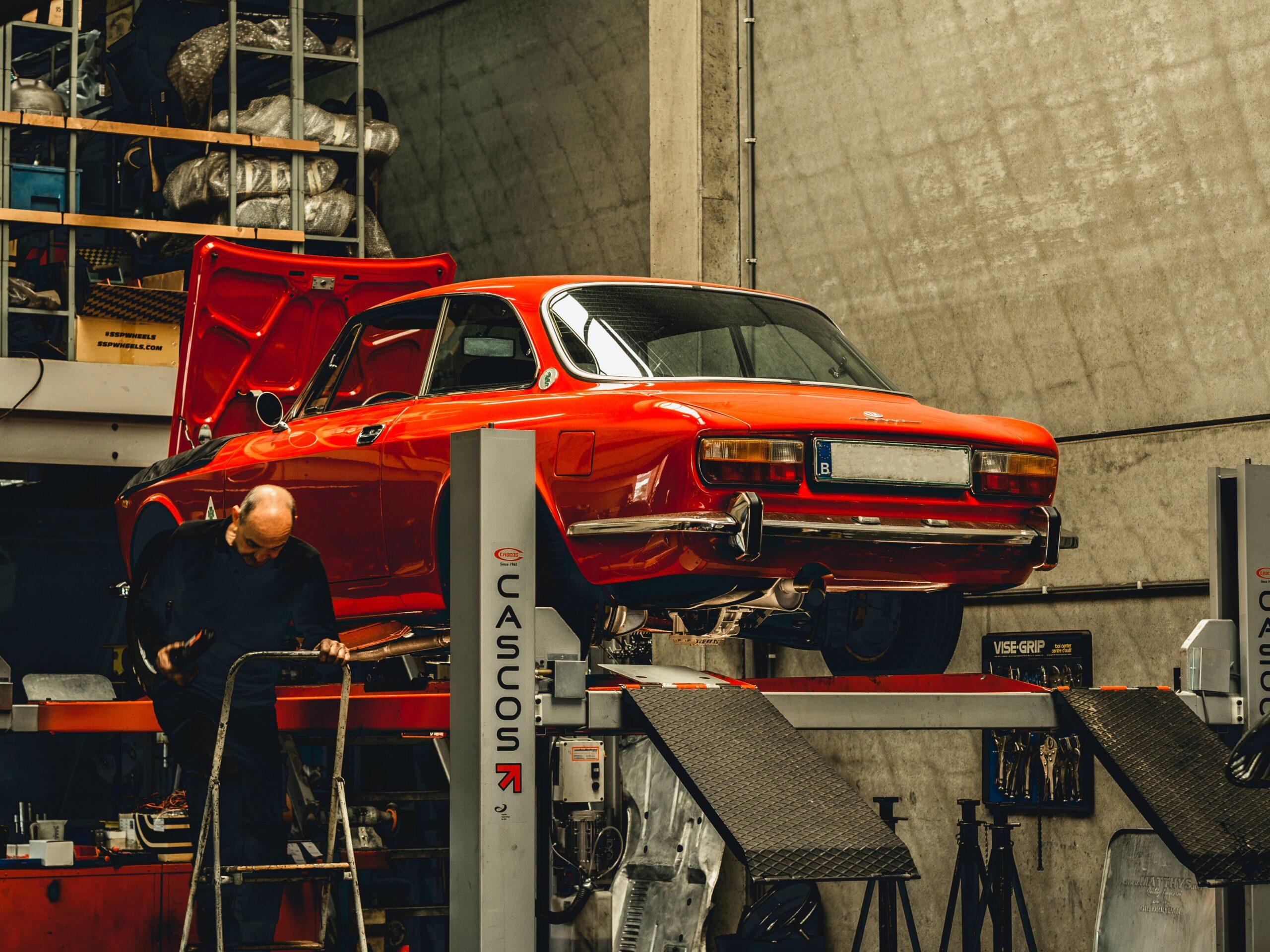 期間工として車工場ではたらき厚待遇を得る人たち